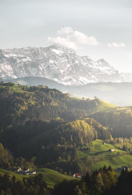 Спокойное место среди гор