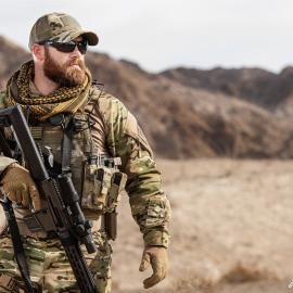 Военный, похожий на Криса Кайла
