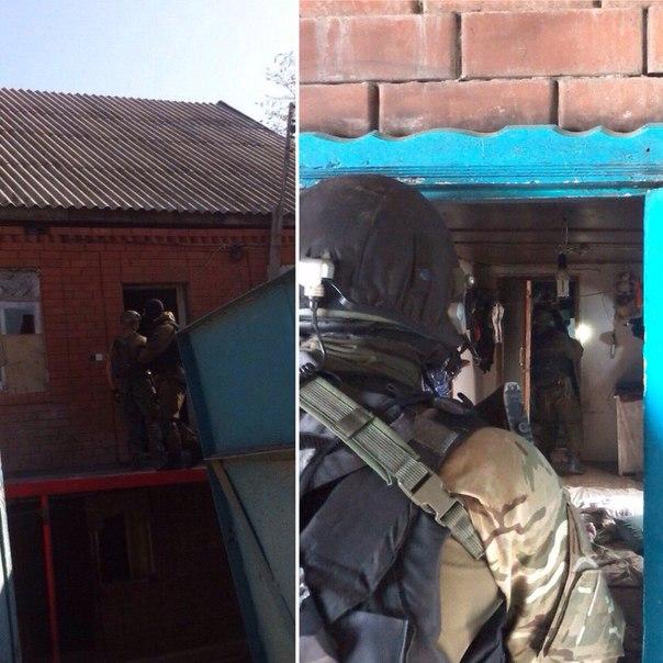 Реальная спецоперация! Расстрелять дом из танка? Razvedos объясняет откуда потери в Спецназе