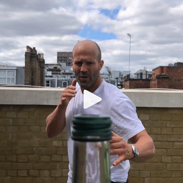 Джейсон Стэтхэм и #bottlecapchallenge