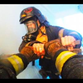 Дерзкий Пожарный: YouTube канал про Пожарных от первого лица