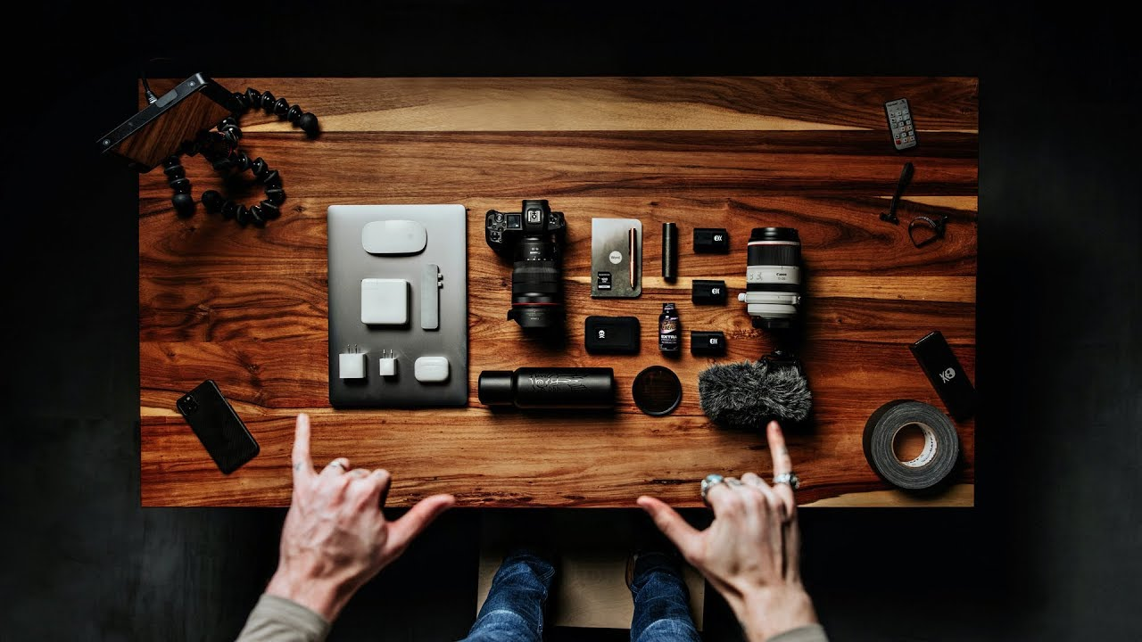Peter McKinnon: What's in my CAMERA BAG?! 2020