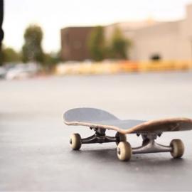 Как научиться кататься на скейтборде