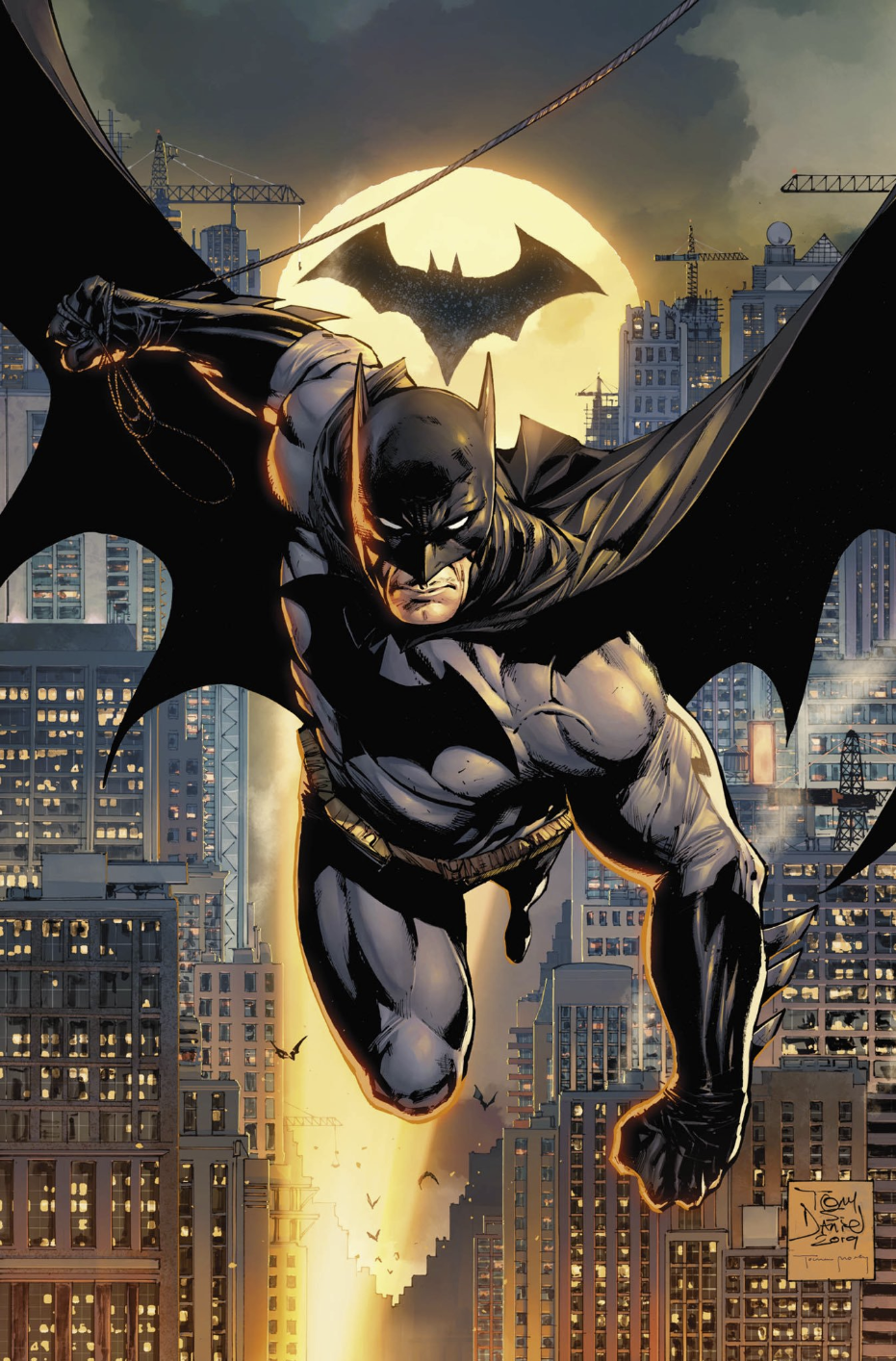 Бэтмен пролетает над Готэмом